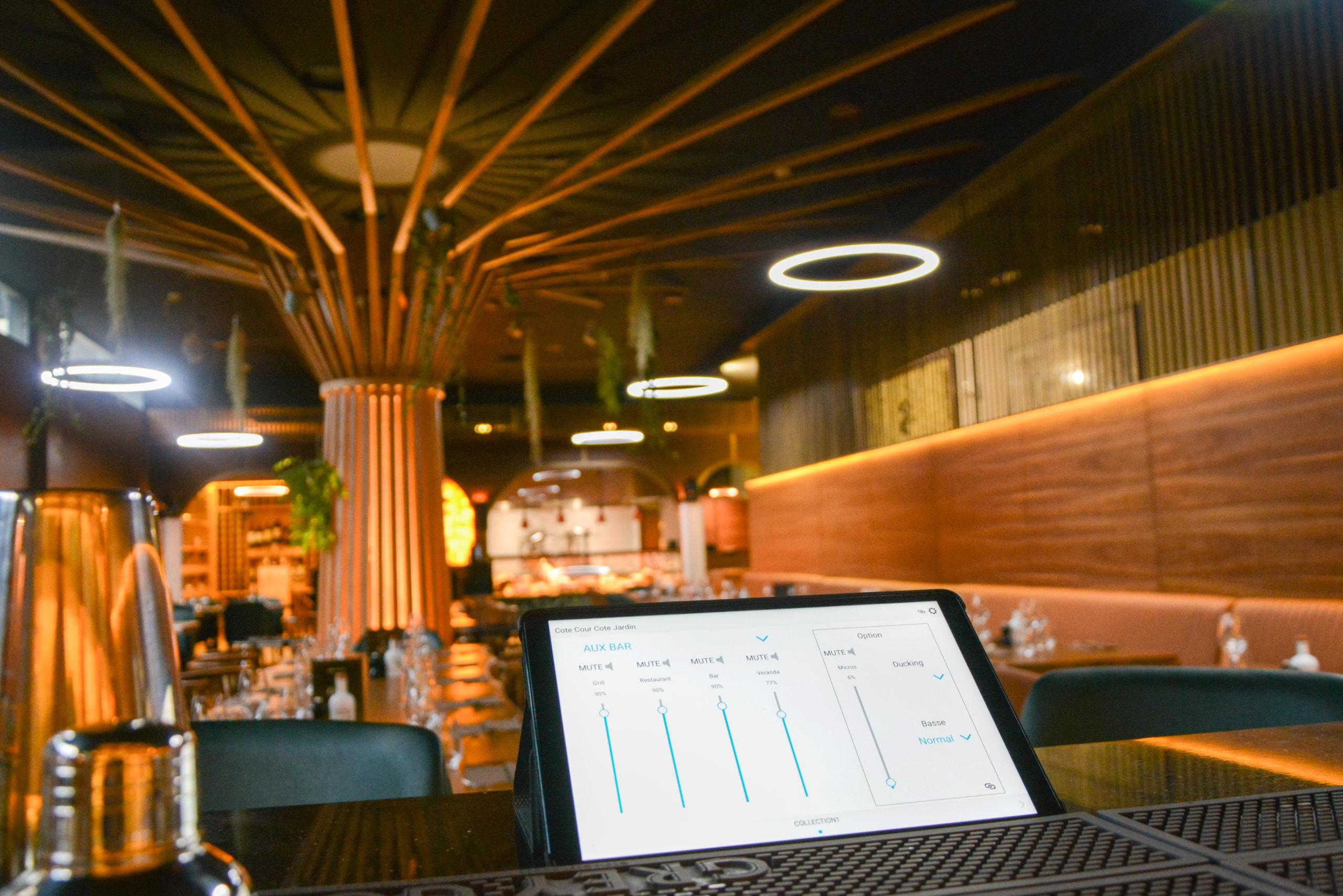 Restaurant 8 OAK Geneva - Gestion volume des Zones avec l'application
